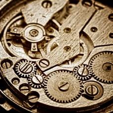 古老钟表内部机械图片