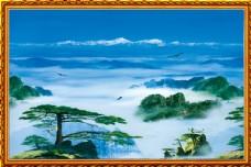 云雾中的山水风景中堂画图片