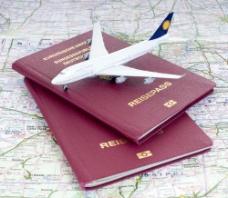 护照上的飞机模型图片