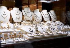 珠宝店首饰图片
