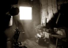 破旧阁楼素材图片