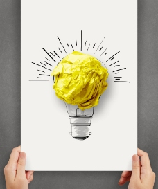 纸上手绘灯泡与纸团图片
