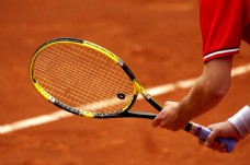 男子网球比赛图片