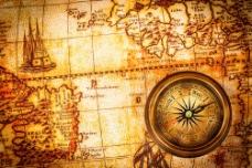 指南针与怀旧地图图片