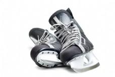 一双滑冰鞋图片