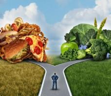 人字路口垃圾食品与水果蔬菜图片