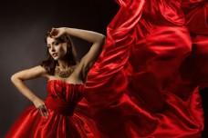 飘带红绸与性感美女写真图片