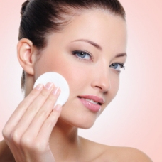 美容护肤美女模特图片