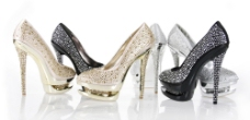 时尚镶钻高跟鞋图片