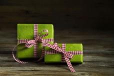 绿色礼盒图片